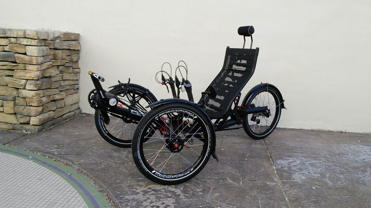 2019 Azub Ti-FLY 26 Full Suspension Recumbent Trike